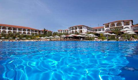 1 нощувка, All Inclusive в Akrathos Beach Hotel 3*, Халкидики през Април и Май!