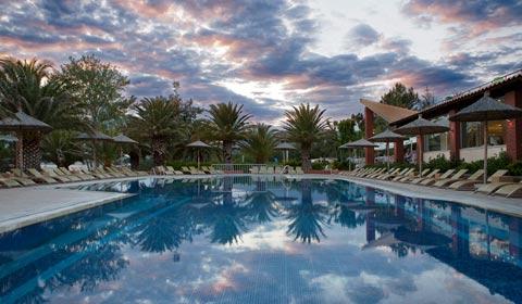 Майски празници: 3 нощувки със закуски и вечери в Alexandra Beach Spa 4*,  о. Тасос, Гърция!