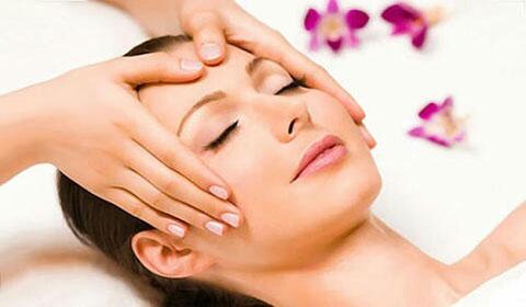 Терапия за лице с фитостволови клетки + изправяне на коса с преса или сешоар от салон Белисима!