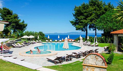 Last minute!!! 5 нощувки със закуски и вечери в Alkion Hotel 4*, Халкидики, Гърция през Юли!