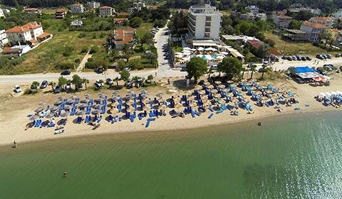 Нова година в Гърция! 3 нощувки със закуски и вечери + Гала вечеря в хотел Santa Beach 4*, Агия Триада, Солун!