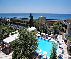 3 нощувки със закуски и вечери в хотел Alexander Beach 5*, Александруполис през Септември! Дете до 11.99г. - безплатно!
