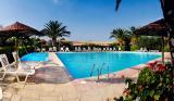3 нощувки със закуски и вечери в хотел Martha's Haus 4*, Геракини, Халкидики, Гърция през Септември!