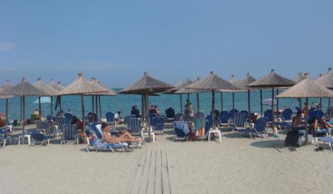 През Юли: 6 нощувки със закуски и вечери в хотел Platon Beach 2*, Олимпийска ривиера, Гърция!