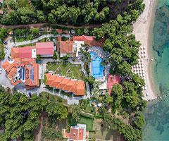 4 нощувки със закуски и вечери в хотел Porfi Beach 3*, Халкидики, Гърция през Юли!