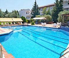 През Май и Юни: 3 нощувки със закуски и вечери в хотел Astris Sun 2*, о.Тасос, Гърция!