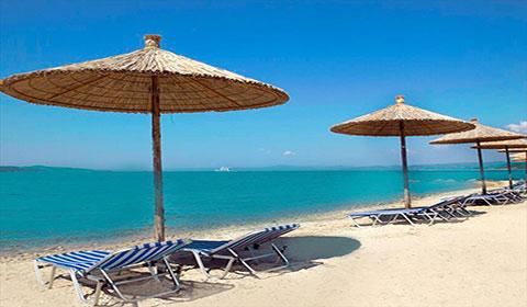 5 нощувки със закуски и вечери в хотел Alexandros Palace 5*, Урануполи, Халкидики, Гърция през Август и Септември!