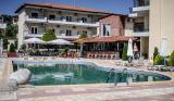 През Юли и Август: 5 нощувки със закуски и вечери в Ilios Hotel 3*, Халкидики, Гърция!