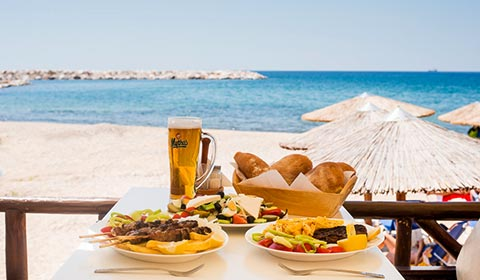 През Юли: 3 нощувки със закуски в Ralitsa Hotel 2*, о.Тасос, Гърция!