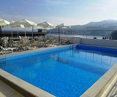 Свети Валентин в Гърция! 2 нощувки със закуски в хотел Oceanis 3*, Кавала!