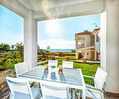 Ранни записвания: 5 нощувки във вила за 8 човека в Sunset Villas, Халкидики, Гърция през Юни!