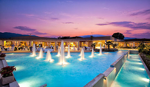 Нова Година в Гърция: 3 нощувки със закуски и вечери + Гала вечеря в хотел Poseidon Palace 4*, Олимпийска Ривиера!