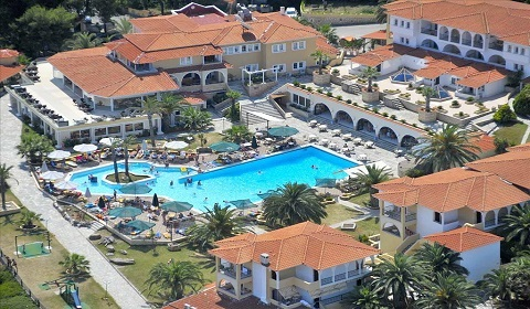 5 нощувки, All Inclusive в Aristoteles Beach Hotel 4*, Халкидики, Гърция през Юли!