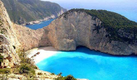 През Май: 5 нощувки със закуски в хотел Canadian 3*, Закинтос, Гърция!