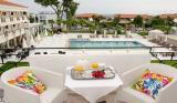 Майски празници: 3 нощувки със закуски и вечери в хотел Hanioti Melathron 4*, Халкидики, Гърция!