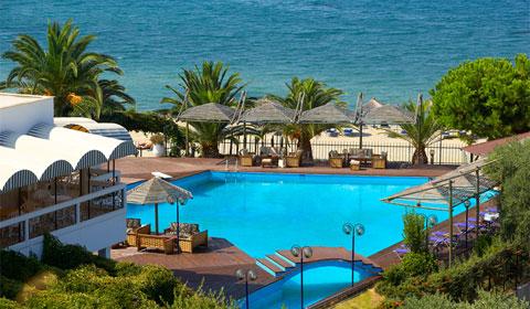 На море в Гърция през Септември! 5 нощувки със закуски и вечери в хотел Kamari Beach 3*, о.Тасос!